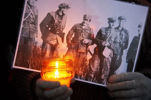 Jacek Wilk: Żołnierze Wyklęci przez wiele lat byli tematem przemilczanym. Teraz mamy wygięcie wahadła w drugą stronę