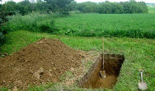 Do odkrycia zakopanego ciała doszło w sobotę wieczorem.