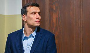 Jarosław Bieniuk stara się pomagać Martynie Gliwińskiej w opiece nad dzieckiem