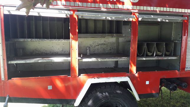 Okradli wóz strażacki z całego sprzętu