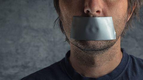 """4chan walczy z automatyczną cenzurą. Google ocenzuruje słowo """"Google""""?"""