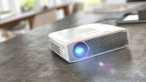 Nowy członek rodziny Philips PicoPix: projektor i powerbank w jednym
