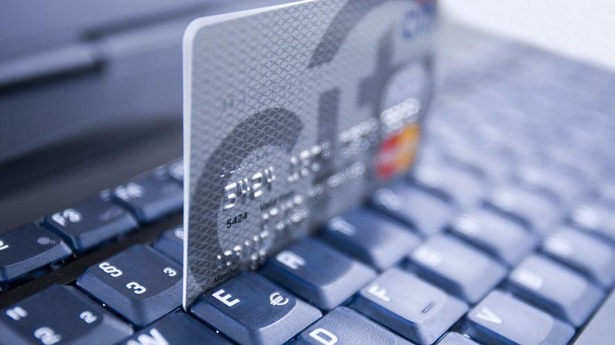 Kaspersky: klienci banków na celowniku cyberprzestępców, Stuxnet nadal infekuje