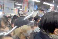 Wojna o PlayStation 5. Ludzie niemalże pozabijali się za możliwość kupna konsoli - fot. Twitter (Dave Gibson)