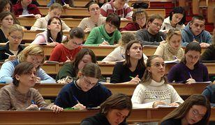 Informacja o nietypowych zasadach kwalifikacji szybko obiegła internet. (zdjęcie ilustracyjne)