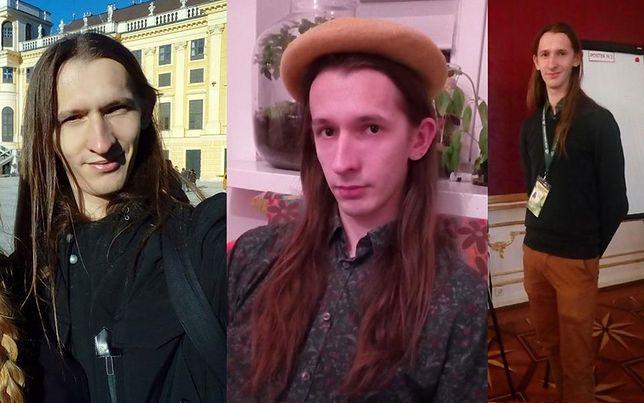 Maciej Góraj ma ok. 183 cm wzrostu, jest szczupły i ma długie brązowe włosy