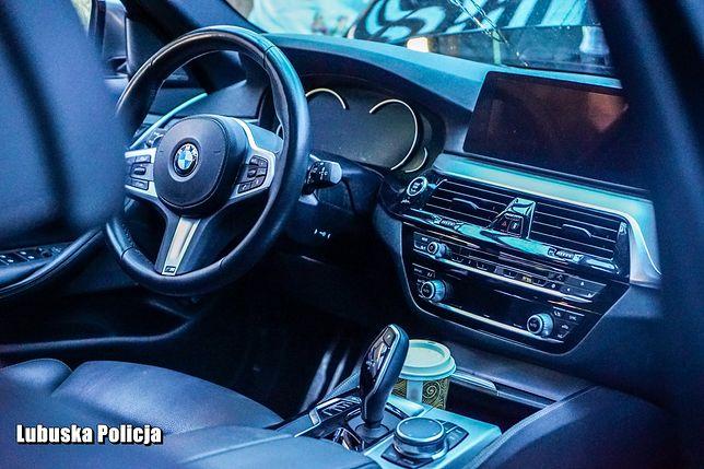 Policja odzyskała luksusowe BMW warte pół miliona złotych, które zostało skradzione w Niemczech