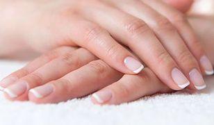 Łamliwe paznokcie i suche skórki – jak temu zaradzić?