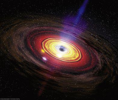 Czarna dziura znacząco zwiększyła jasność