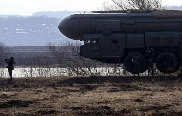 """Rosyjska międzykontynentalna rakieta balistyczna """"Topol"""" może przenosić głowice jądrowe"""