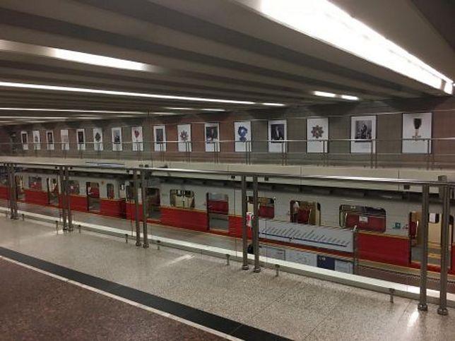 """Warszawa. Nowa galeria działa pod nazwą """"Akademia Sztuk Podziemnych"""""""