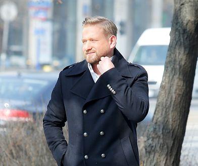 Bartosz Jędrzejak nie wytrzymał. Odpowiedział internautom na antenie