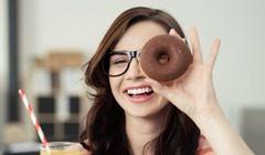 Cukier jest dodawany do produktów spożywczych, w których się go nie spodziewamy - jak soki czy jogurty.