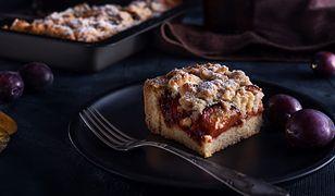 Jak zrobić ciasto ze śliwkami. Prosty przepis na jesień