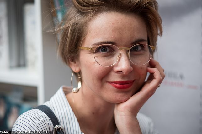 Pisarka jest żoną Marcina Mellera od 2007 r. Zdarza im się tworzyć wspólnie