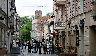 Chcesz mandat? Wyrzuć peta na ulicy w Wilnie