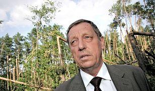 Jan Szyszko zachwala drewno jako trwały surowiec