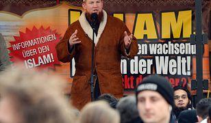 Kaznodzieja Pierre Vogel na wiecu islamskich ekstremistów trzy lata temu w Pforzheim