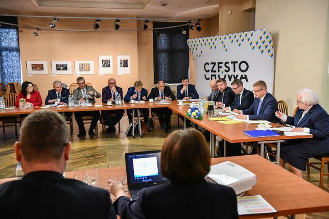 Posiedzenie ŚlZGiP odbyło się w częstochowskim ratuszu.