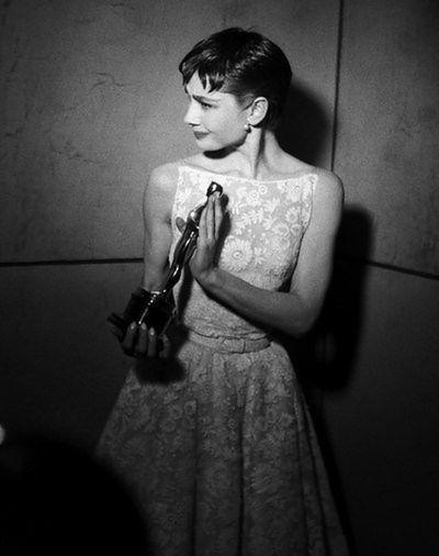 Audrey Hepburn: kreacja Givenchy, 1954 rok