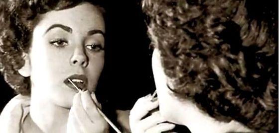 Trendy w makijażu lat 50.