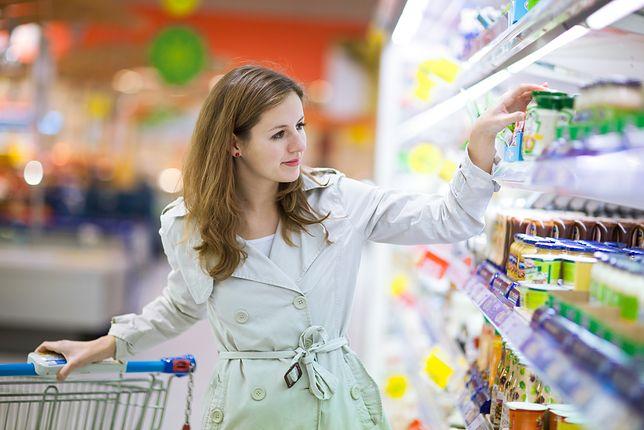 Biedronka vs Lidl: Przed długim weekendem produkty na grilla są w niemal identycznych cenach