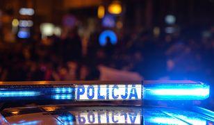 Warszawa. Policja zatrzymała mężczyzn podejrzanych o rozbój z użyciem noża