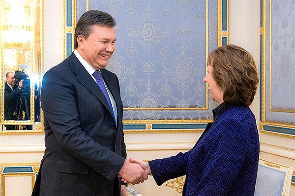 Szefowa unijnej dyplomacji Catherine Ashton i prezydent Ukrainy Wiktor Janukowycz