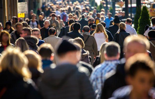 1 stycznia 2016 r. na świecie będzie prawie 7,3 mld ludzi