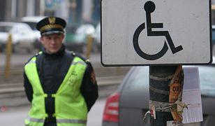 Nowe karty parkingowe dla niepełnosprawnych za maksymalnie 38 zł