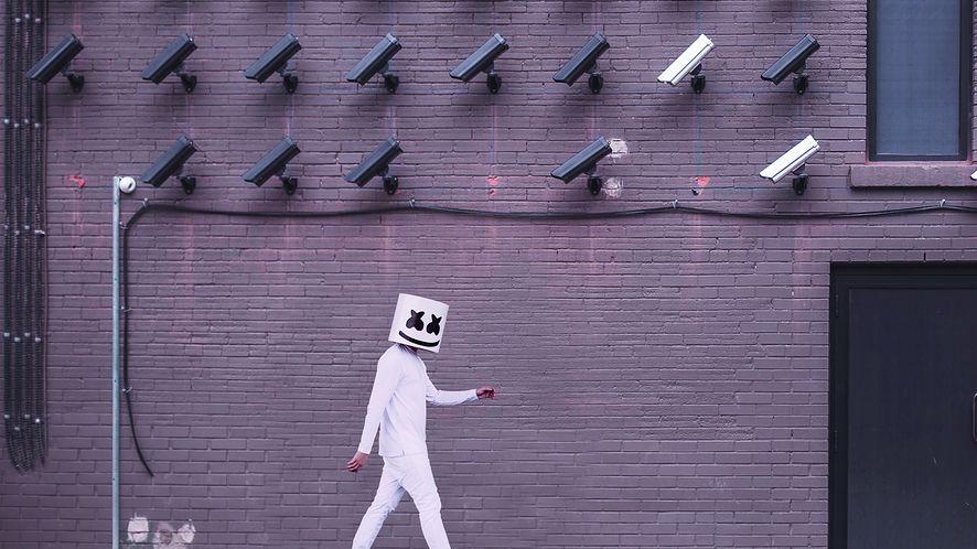 Microsoft po cichu usuwa z internetu ogromną bazę danych rozpoznawania twarzy