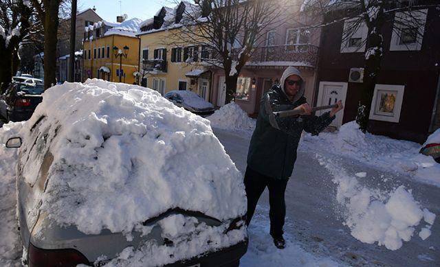 Atak mroźnej zimy w Europie. Są ofiary śmiertelne