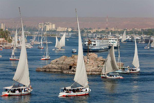 MSW Egiptu: Na Nilu zderzyły się dwie łodzie; utonęło ok. 15 osób