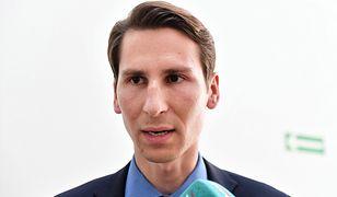 Kacper Płażyński prawdopodobnie wystartuje w wyborach do Sejmu. Czeka na datę wyborów