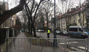 """""""Wojewoda wykorzystał sytuację"""". Nerwowo po blokadzie ulic wokół ambasady Izraela"""