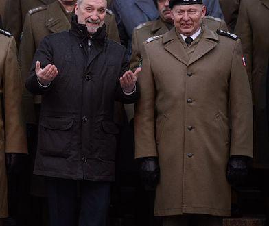 Na zdjęciu minister obrony narodowej Antoni Macierewicz i były generał Mirosław Różański