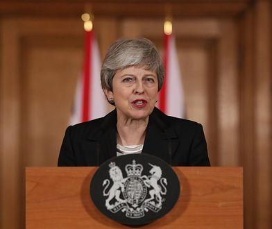 Theresa May poprosiła o wydłużenie terminu Brexitu