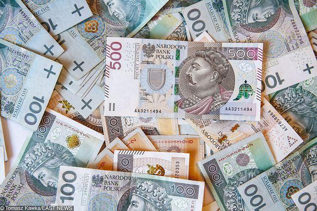 Polacy wydają duże sumy na gry