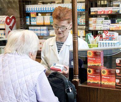Seniorzy mają problem z kupieniem swoich leków w aptece