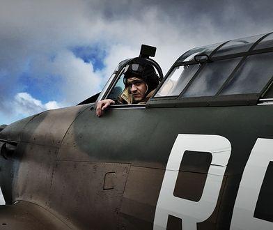 "Iwan Rheon na planie filmu ""303. Bitwa o Anglię"""