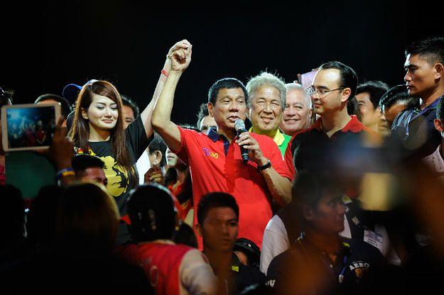 Rodrigo Duterte na wiecu wyborczym w Manili