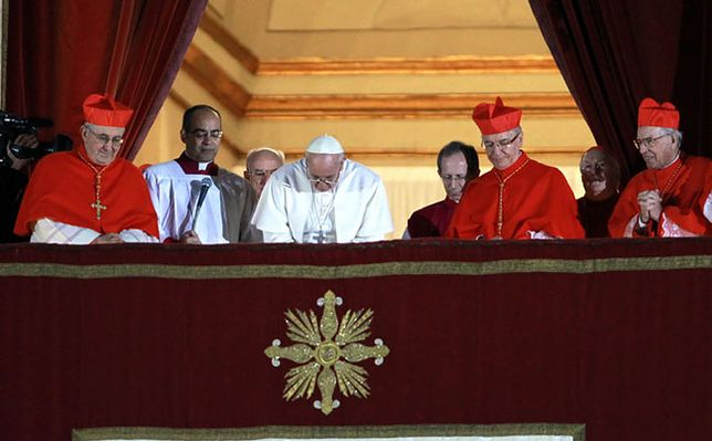Nowo wybrany papież kardynał Jorge Mario Bergoglio z Argentyny