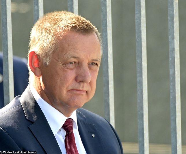Szef NIK Marian Banaś wraca do pracy i nigdzie się nie wybiera