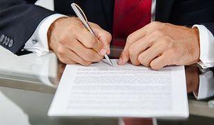 Ozusowanie umów zlecenia dzieli pracowników i pracodawców