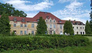 Pałac pochodzi z XVII wieku