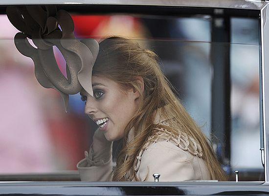 Kapelusz księżniczki sprzedano za 81 tys. funtów