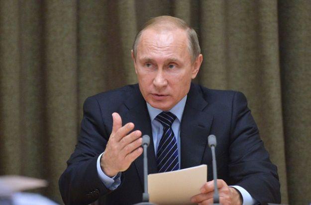 Władimir Putin podpisał dekret o tajnym planie obrony na lata 2016-2020