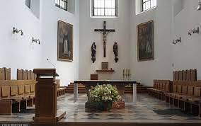Koronawirus. Kołobrzeg. Sanepid poszukuje uczestników mszy, która odprawiona została  w Bazylice Konkatedralnej pw. Wniebowzięcia NMP / foto ilustracyjne