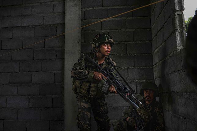 Jedni muzułmanie mordują, a inni ratują chrześcijan. Filipińska armia ujawnia horror zgotowany przez ISIS