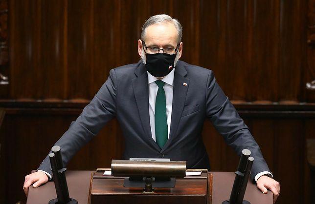 Obrady Sejmu. Wystąpienie ministra zdrowia Adama Niedzielskiego